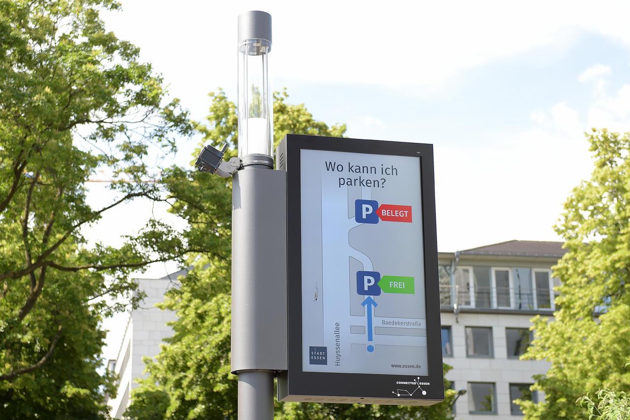 Smart Pole Retrofit Smart Parking